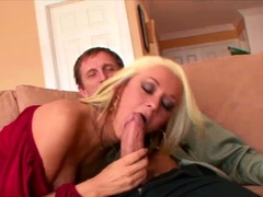 Ass 18 :Blonde Pornstar Brianna Blair Cock Sucks The Ceo
